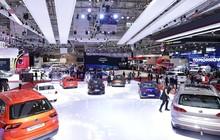 Xe ô tô giảm cả trăm triệu sau quyết định giảm 50% lệ phí trước bạ
