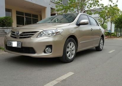 Chính chủ gia đình tôi cần bán xe Toyota Altis 1.8 G sản xuất 2013 đăng ký và sử dụng lần đầu năm 2014