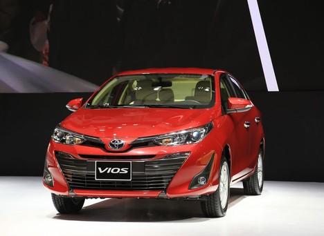 Toyota Việt Nam bán ra hơn 7.000 xe trong tháng 11/2018