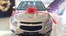 Bán xe Chevrolet Cruze đời 2015, màu vàng, giá 649tr